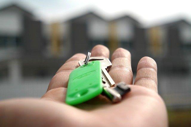 předávání klíčů od nového domu