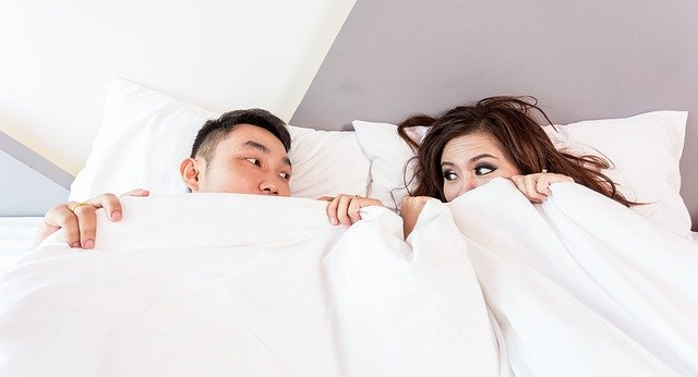 spící pár